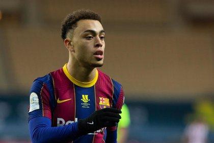 Dest recibe el alta y entra en la lista del Barça para Elche
