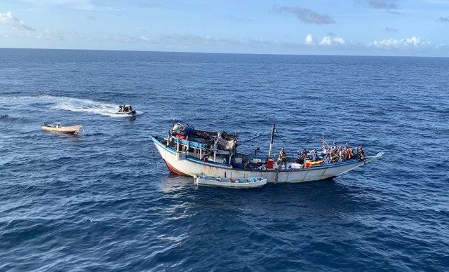 La fragata Navarra libera un pesquero yemení de un secuestro pirata