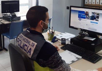 Detenidos en Alicante dos estafadores que engañaban a sus víctimas haciéndose pasar por técnicos de Microsoft
