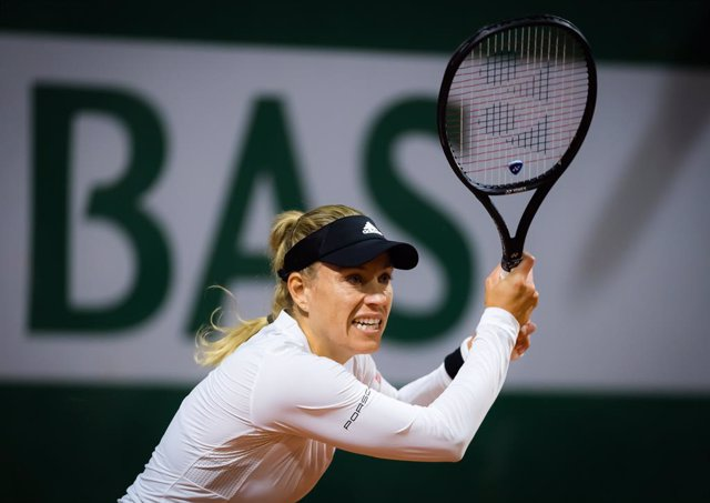 Angelique Kerber of Germany in action against Kaja Juvan of Slovenia during the first round at the 2020 Roland Garros Grand Slam tennis tournament
