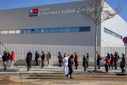 """Sanitarios Necesarios tacha de """"oscurantista"""" la gestión del Zendal, """"símbolo de la privatización"""" de la Sanidad"""