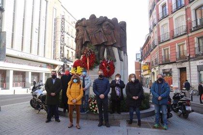 Fundación Abogados de Atocha y CCOO recuerdan el atentado al despacho laboralista 44 años después con una ofrenda floral