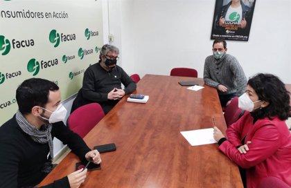 """IU Sevilla apuesta por una mayor participación de las organizaciones de consumidores """"en el día a día de la ciudad"""""""