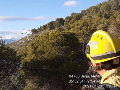 Controlado el incendio de Berja (Almería), en el que permanecen 30 bomberos