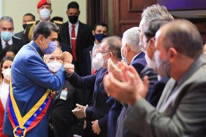 "Maduro anuncia un antiviral que ""neutraliza al cien por cien"" el coronavirus"
