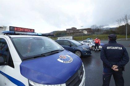Euskadi cierra perimetralmente todos sus municipios y limita las reuniones a cuatro personas