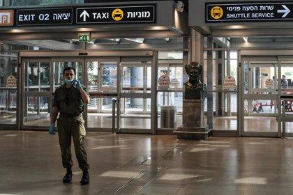 Coronavirus.- Israel cierra una semana su aeropuerto de Tel Aviv por temor a la entrada de la nueva cepa del coronavirus
