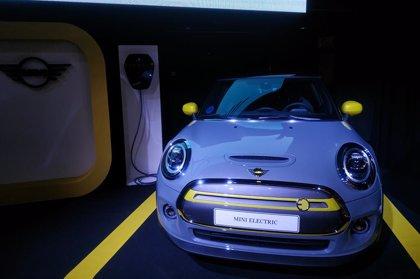 BMW vende 192.650 vehículos electrificados en todo el mundo, un 31% más, 3.565 de ellos en España