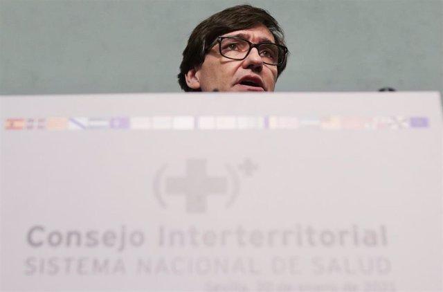 El ministro de Salud Salvador Illa , en la rueda de prensa posterior a la reunión del Consejo Interterritorial del SNS en Sevilla a 20 de enero 2020