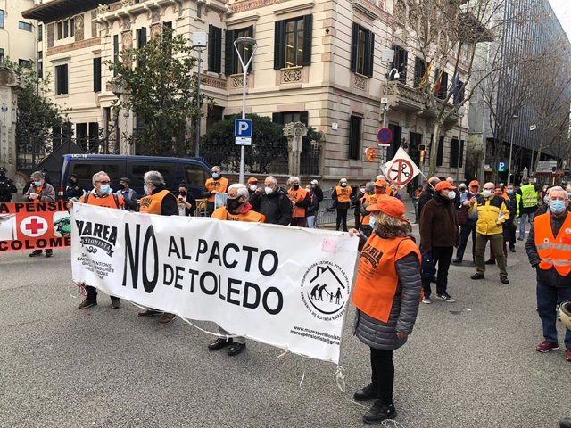 """Los pensionistas rechazan """"frontalmente"""" las nuevas recomendaciones del Pacto de Toledo"""
