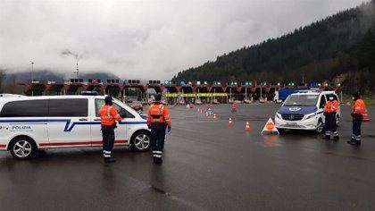 Denunciadas casi 1.200 personas el fin de semana en Euskadi por incumplir la normativa sanitaria