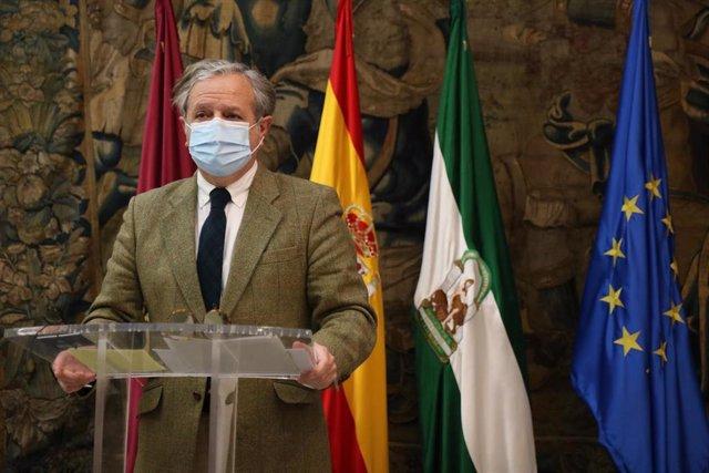 El teniente de alcalde delegado de Hacienda y Urbanismo del Ayuntamiento de Córdoba, Salvador Fuentes.