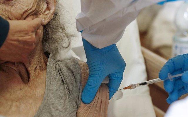 Vacunación contra el coronavirus en Roma