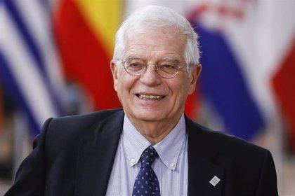 Borrell avisa a Reino Unido de que debe reconocer a su embajador en Londres