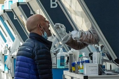 Israel informa de 68 muertes por coronavirus, el máximo diario desde el inicio de la pandemia