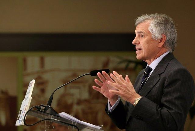 Juan Antonio Samaranch Salisachs, vicepresidente del COI, durante un Desayuno Deportivo de Europa Press