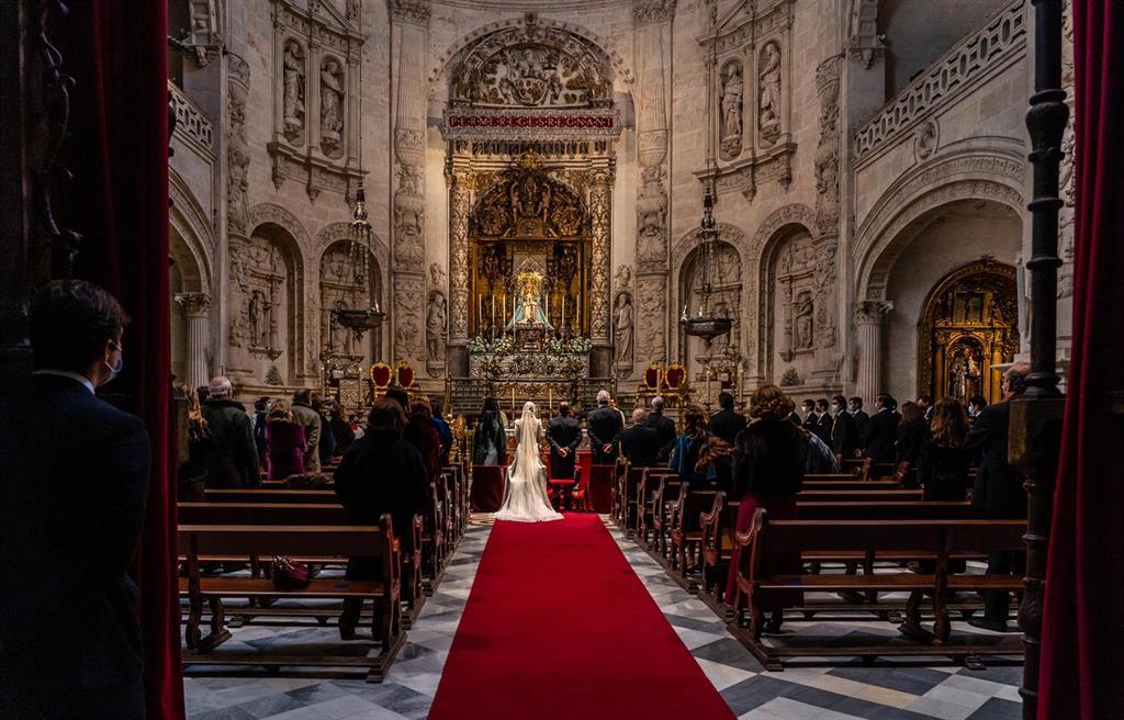 Las bodas cayeron más de un 60% en España en la primera mitad de 2020 por la pandemia, pasando de unas 72.000 a 28.000