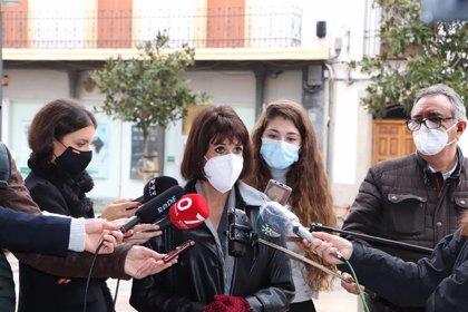 Podemos acusa a Salud de mentir sobre la vacunación a más de 100 funcionarios de Granada