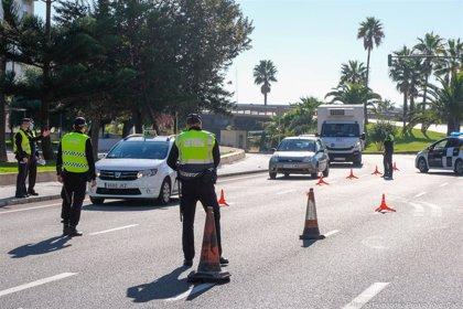 Detenido al huir tras ser interceptado en un control de acceso a la ciudad de Cádiz