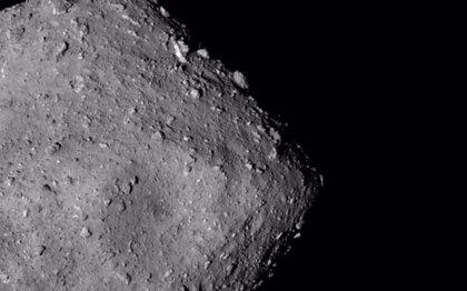 El asteroide Ryugu se formó con rocas de un objeto deshidratado