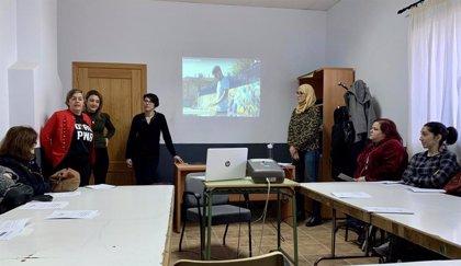 La Diputación de Cáceres aporta 70 desfibriladores a los Colegios Rurales Agrupados de la provincia