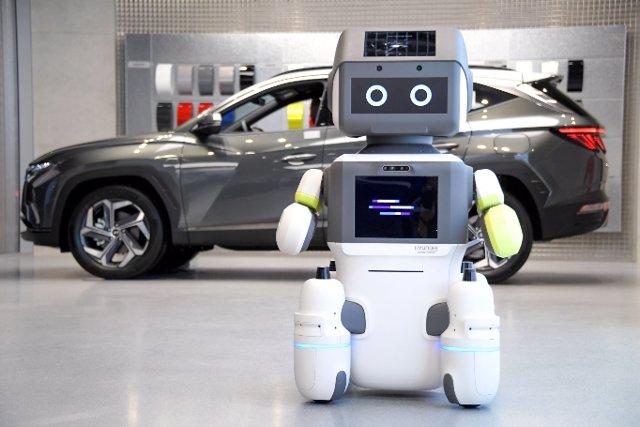 DAL-e, robot humanoide de Hyundai.