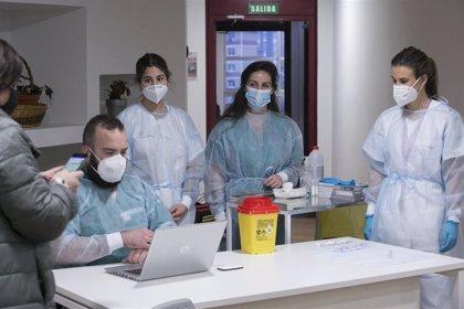 Fallecen cuatro asturianos con COVID-19 en una jornada con  84 ingresos