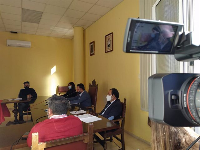 El alcalde de El Verger, Ximo Coll, descarta dimitor por vacunarse contra la Covid-19