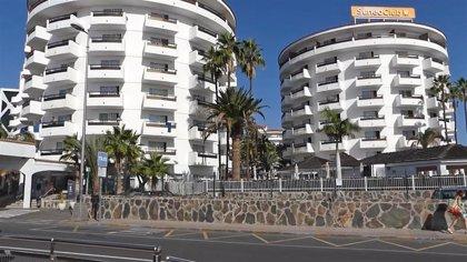 El Parlamento convalida por unanimidad el decreto ley que admite el uso de hoteles para acoger menores migrantes