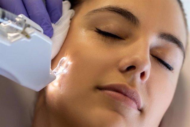 Eliminación de señales de acné.
