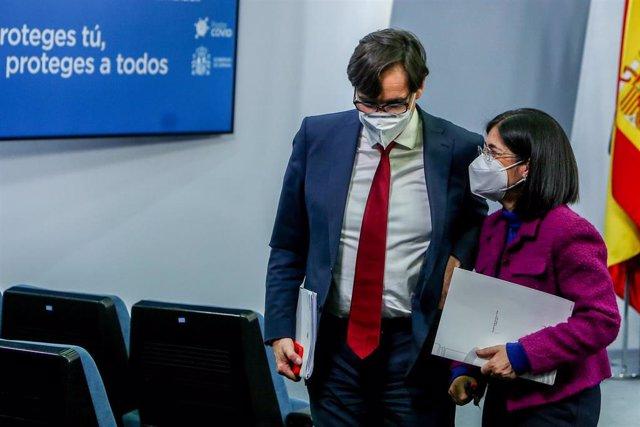 Los ministros de Sanidad y de Política Territorial, Salvadr Illa y Carolina Darias, en Moncloa