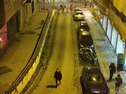 """El alcalde de Granada pide """"precaución"""" ante los objetos que puedan caer a la calle al salir la gente por los terremotos"""