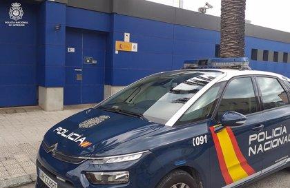 Detenido por amenazar con un cuchillo al personal de seguridad del centro de salud de Las Remudas (Gran Canaria)