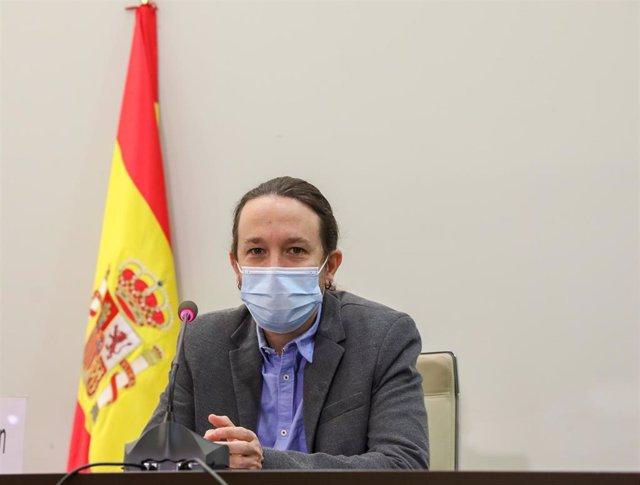 El vicepresidente del Gobierno y ministro de Derechos Sociales y Agenda 2030, Pablo Iglesias, durante el acto de clausura de la presentación del informe del Consejo Económico y Social de España (CES).