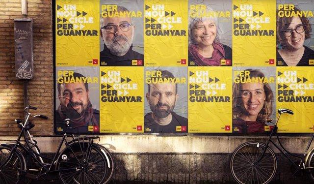 Imágenes de los carteles de la campaña de la CUP a las elecciones catalanas.