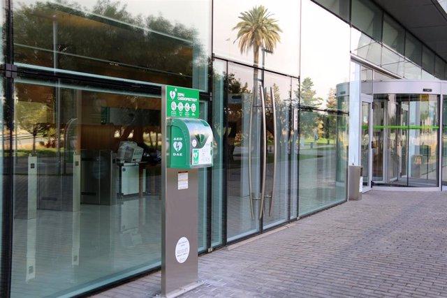 El Consorci de la Zona Franca de Barcelona amplía a nueve los desfibriladores del polígono