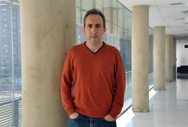 "Carles Úbeda, investigador principal del grupo de Fisabio ""Microbiota, infección e inflamación"""