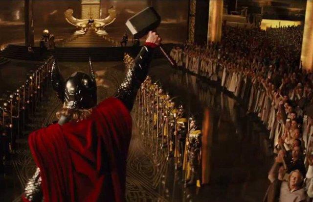 Chris Hemsworth y Taika Waititi celebran el inicio de rodaje de Thor 4: Love and Thunder con una curiosa ceremonia