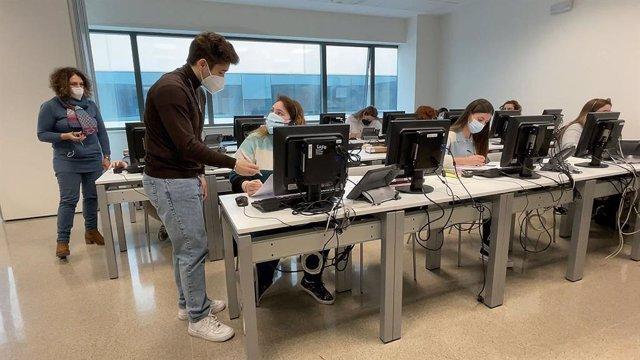 El reforç de 100 rastrejadors contractat per Sanitat inicia la seua activitat en l'Hospital La Fe