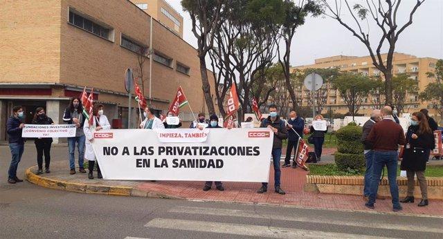 """Concentración de CCOO para reclamar a la Consejería de Salud que """"desbloquee"""" el convenio del personal investigador de Fisevi"""
