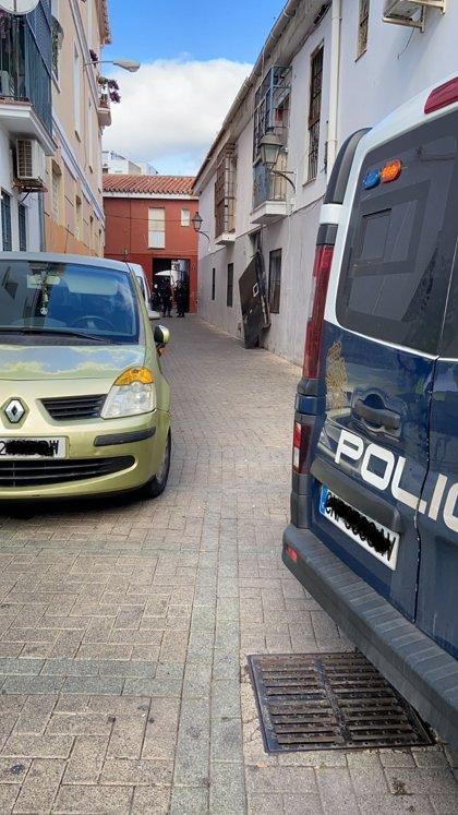 La Junta recupera 18 viviendas ocupadas de forma ilegal, en una actuación policial en el barrio de la Trinidad de Málaga