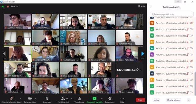 Participantes en el primer networking digital para autónomos en Andalucía.