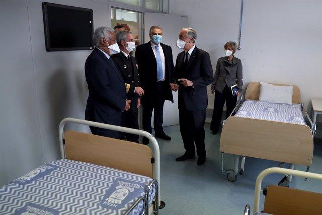 Les principals autoritats de Portugal visiten un hospital a Lisboa