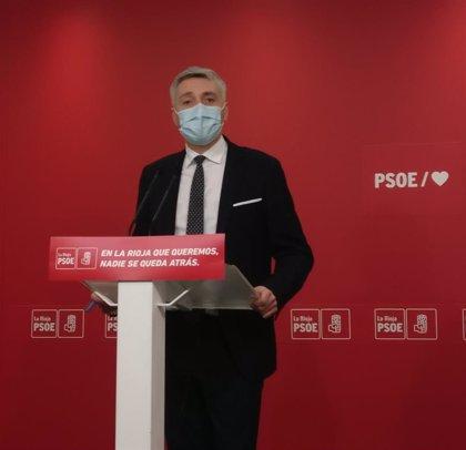 """Ocón (PSOE) cree que la dimisión del alto cargo de Podemos """"llega tarde"""" y le pide """"no banalizar"""" con lo sucedido"""