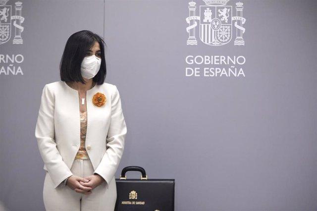 La ministra de Sanidad, Carolina Darias, durante el acto de traspaso de la cartera de su Ministerio, en Madrid (España), a 27 de enero de 2021. Carolina Darias ha recibido este miércoles la cartera del Ministerio de Sanidad a manos de su antecesor, Salvad