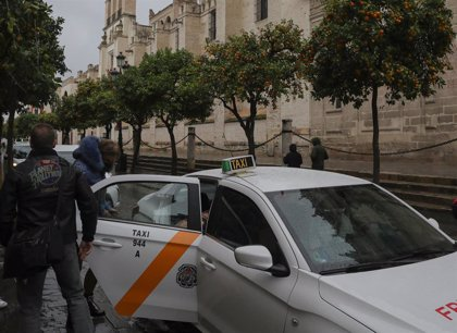 El Ayuntamiento de Sevilla aclara que los taxistas se beneficiarán de una eliminación de tasas por un millón de euros
