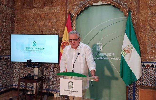 El delegado territorial de Empleo, Formación, Trabajo Autónomo, Economía, Conocimiento, Empresas y Universidad de la Junta en Almería, Emilio Ortiz López