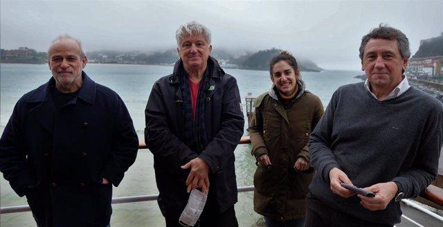 Creadores del espectáculo 'Elkano battela, xumea baina gurea' sobre el marino vasco