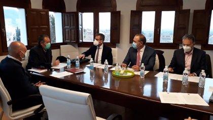 La Junta aumenta a 8,4 millones de euros su aportación al PFEA en Granada, un 15 por ciento más que en 2020