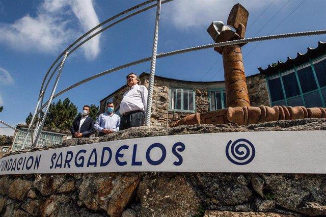 El conselleiro de Cultura e Turismo, Román Rodríguez, participa en la inauguración de la primera fase del Museo de Sargadelos.